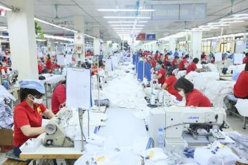 Nhiều doanh nghiệp tồn đọng khẩu trang vải